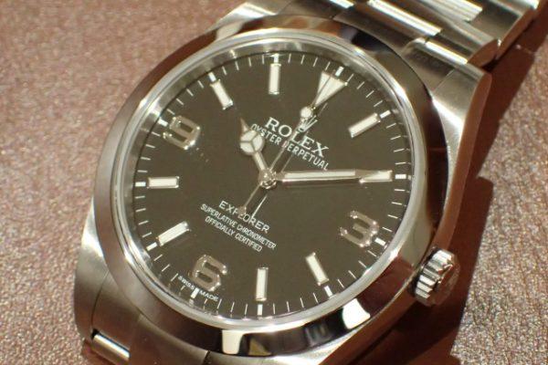 ロレックスの定番 EXPLORER I REF.214270 夜光なしダイヤル